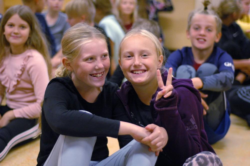 Tryg skolestart for DIT BARN i en mindre klasse på Vejlefjord privatskole